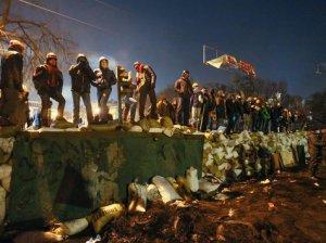 659798929-kiew-demonstranten-Mo7p0qBe309